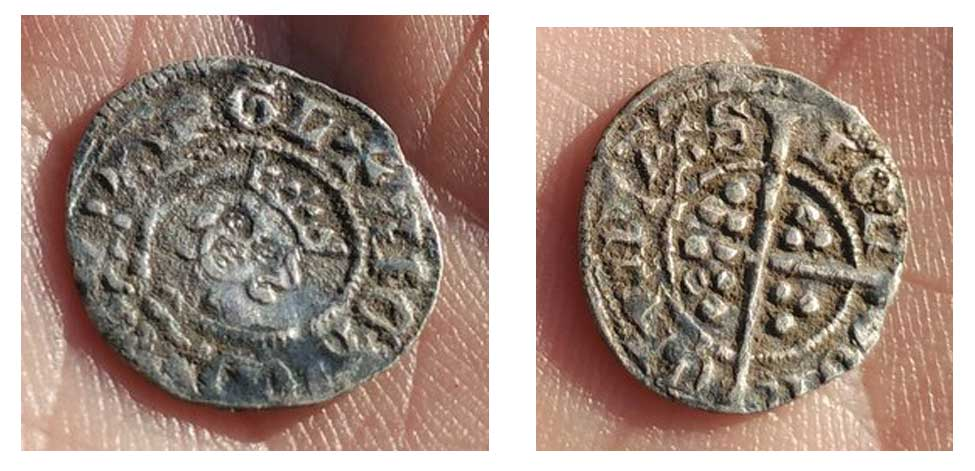 Small-medieval-coin-found-with-an-xp-deus