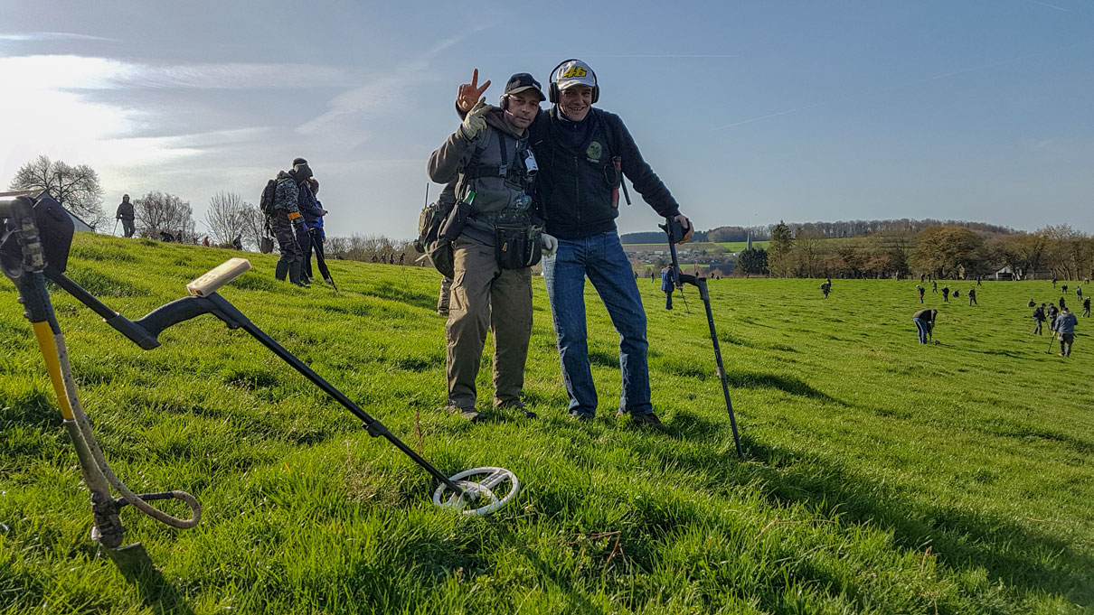 Viva La France at the Pascal Lebrrun metal detecting rallye