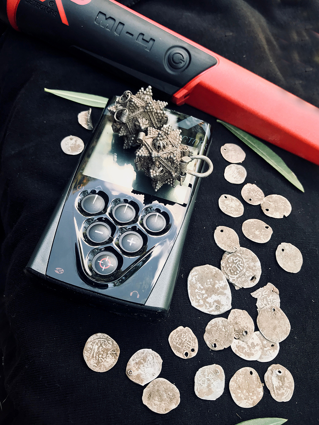 Ancient silver coins found with the XP Deus